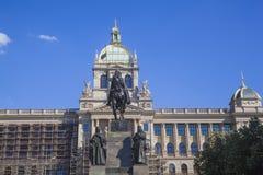Nationaal Museum en Standbeeld van Heilige Wenceslas royalty-vrije stock foto