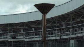 Nationaal olympisch Dinamo-Stadion voor atletiekcompetities van 2de Europese Spelen 2019 in MINSK, WIT-RUSLAND 05 03 19 trefpunt stock video