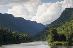 Nationaal park Jacques-Cartier in de Laurentian-bergen in Canada royalty-vrije stock foto's