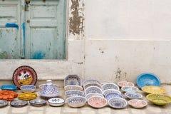 Nationaal traditioneel aardewerk Verkocht op de straat Mahdia Royalty-vrije Stock Foto's