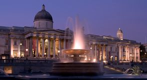 National Gallery et grand dos de Trafalgar photos stock