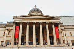 National Gallery-Fassade Trafalgar-Platz London England Stockfotos