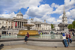 National Gallery and Trafalgar Square with lots of tourists Royalty Free Stock Photos