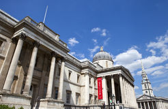 National Gallery und St Martin in der Feld-Kirche in London Lizenzfreie Stockbilder