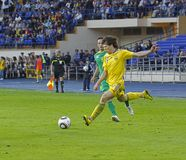 Nationale de voetbalgelijke van de Oekraïne - van Litouwen Stock Afbeeldingen