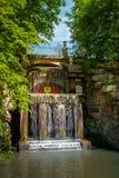 Nationale dendrological park & x22; Sofiyivka& x22; , Uman, de Oekraïne Sofiyivka is een toneeloriëntatiepunt van wereld het tuin Stock Fotografie