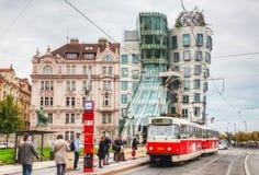 Nationale-Nederlanden byggnad i Prague, Tjeckien Fotografering för Bildbyråer