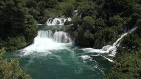 Nationale Parkwatervallen Krka in Dalmatië Kroatië Europa stock video
