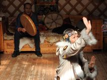 Nationale traditionele decoratie van het plafond en de muren van Mongoolse Yurt Uitstekende weefselpatronen De decoratie van Yurt royalty-vrije stock fotografie