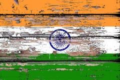 Nationale vlag van India op een houten achtergrond stock afbeeldingen