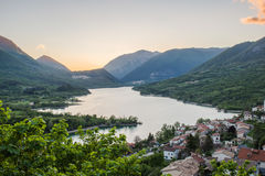 Nationaler Abruzzo Park des Barrea See-, Italien Lizenzfreie Stockbilder