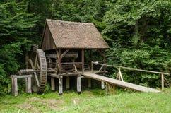 Nationaler Astra Museum in Sibiu - altes hölzernes watermill Lizenzfreie Stockbilder