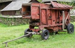 Nationaler Astra Museum in Sibiu - altes landwirtschaftliches Werkzeug Lizenzfreie Stockfotografie