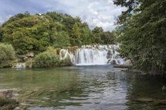 Nationaler Parkland von Krka in Kroatien, mit seinen szenischen Wasserfällen Lizenzfreies Stockbild