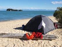 Strandkampieren Lizenzfreies Stockbild