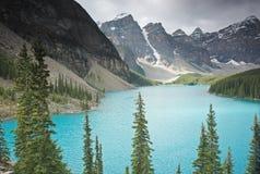 nationalpark för banff Kanada lakemoraine Fotografering för Bildbyråer