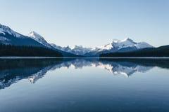 nationalpark för maligne för Kanada jasperlake Arkivfoto