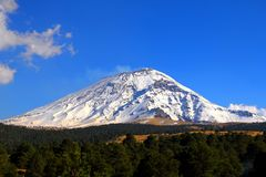 Nationalpark I Popocatepetl stockfotografie