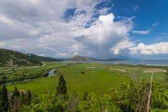 NationalparkSkadar sjö från Virpazar Royaltyfri Foto