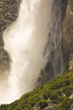 nationalparkvattenfall yosemite Arkivbild