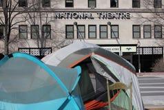 Nationaltheater mit Zelten an der Freiheits-Piazza Lizenzfreies Stockfoto