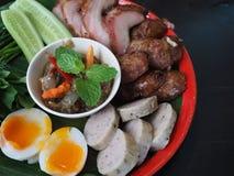 Nationell mat för thailändsk Isan matuppsättning royaltyfri bild