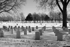 Nationell minnes- militär kyrkogård Arkivfoton
