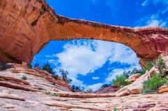 Nationell monument för naturliga broar, Utah, USA Royaltyfri Foto