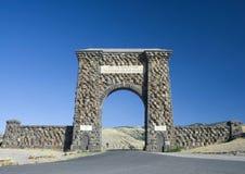 nationell norr park yellowstone för ingång Royaltyfria Bilder