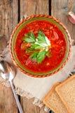 Nationell röd soppaborsch för ukrainare och för ryss Arkivbilder