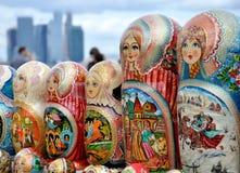 nationell rysssouvenir för matryoshka Arkivfoto