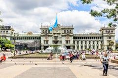 Nationell slott av kultur, Plaza de la Constitucion, Guatemala fotografering för bildbyråer