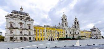 Nationell slott och Franciscankloster av Mafra, Portugal Royaltyfria Bilder