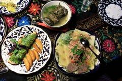 Nationell uzbekisk mat royaltyfria bilder