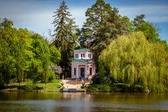 Nationella dendrological parkerar & x22; Sofiyivka& x22; , Uman, Ukraina Sofiyivka är en scenisk gränsmärke av världen som arbeta Royaltyfri Foto
