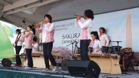 Nations-Hymne durch ein japanisches Band stock video
