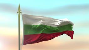 Nationsflagga av Bulgarien som vinkar i vinden mot ultrarapiden för solnedgånghimmelbakgrund