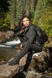Native American-Meisje in Zwarte stock foto's