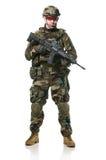 NATO-Soldat im vollen Gang. Lizenzfreies Stockfoto