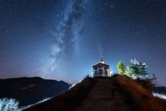 Natt över det Rodopi berget Arkivbilder
