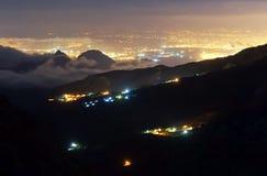 Natt Antalya från berget Royaltyfri Bild
