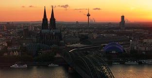 Natt Cologne Arkivfoton