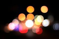 natt för lampor för abstrakt bakgrundsstad färgrik Arkivbild