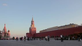 Natt för panoramaMoskvaKreml, Ryssland arkivfilmer
