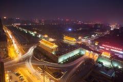 Natt för Xi'an stadsvägg Arkivbild