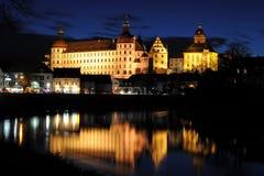 natt för slottdanube neuburg Arkivfoton