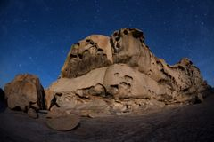 Natt i ökenberg Arkivfoto