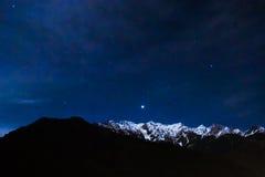 Natt i Hiamalayas Royaltyfri Bild