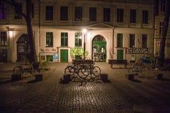 Natt i Kreuzberg Arkivbild