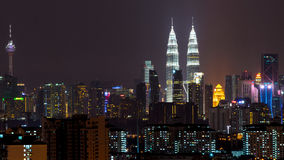 Natt i Kuala Lumpur, Malaysia Arkivbild
